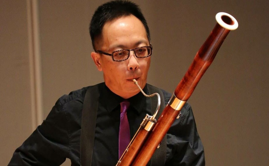 Hing Sang Chin, Principal Bassoon of the Hong Kong Sinfonietta. Article heading: 21 Years to Find the Perfect Bassoon