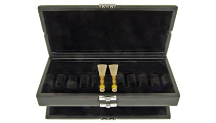 Bassoon reed case for 20 reeds